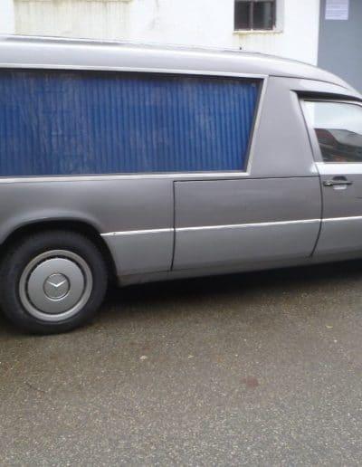 транспорт за погребения 12